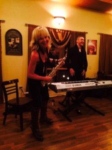 Mindi with keyboardist Dave Yaden